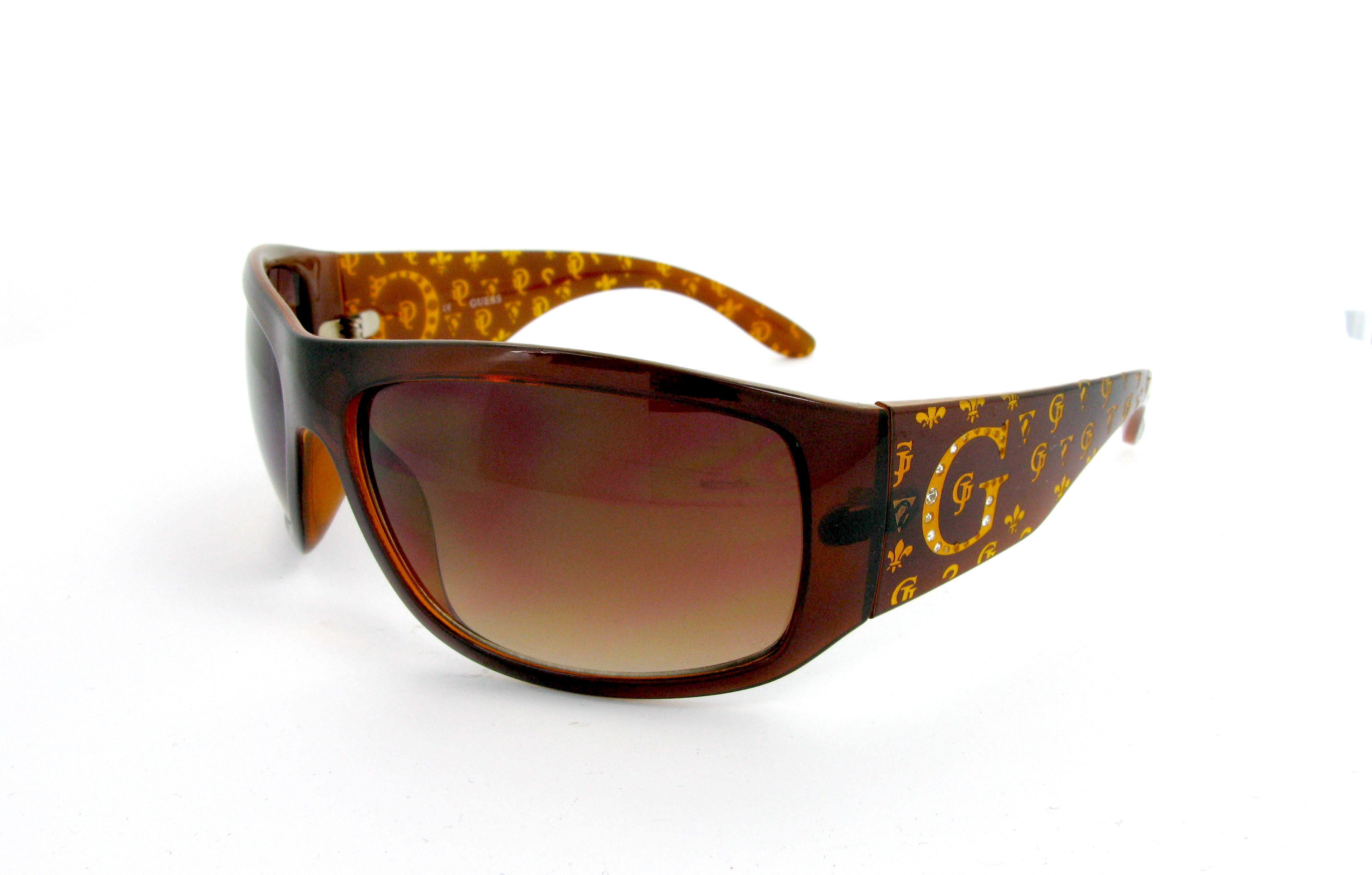 Liste de produits lunettes de soleil et prix lunettes de soleil ... dcd48a4772e9